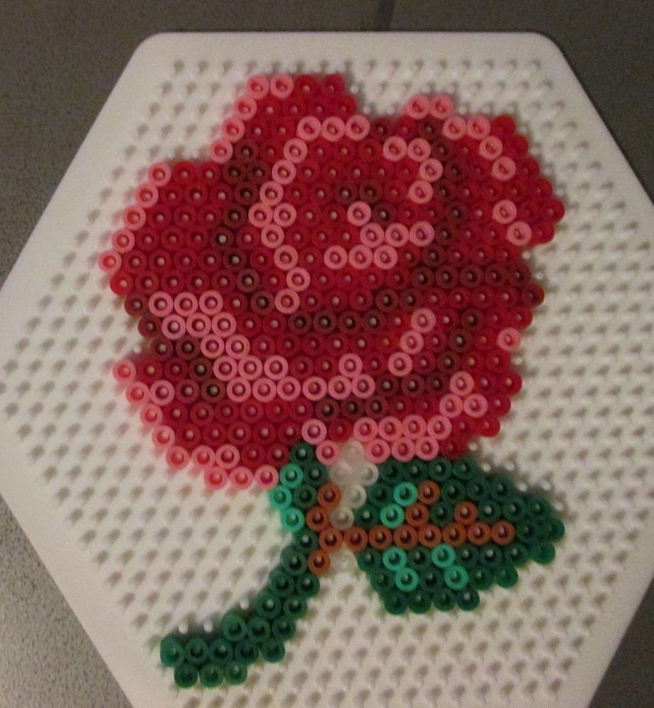 fleur en perle a repasser