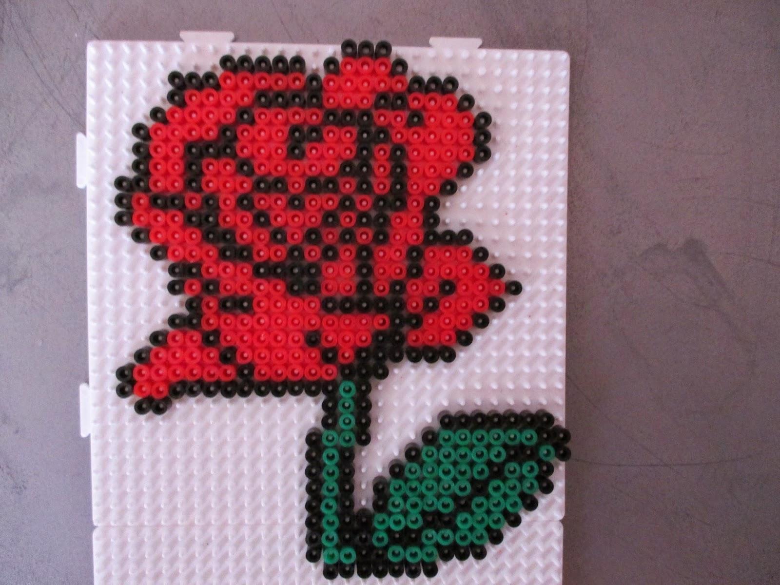 modele de perle a repasser fleur