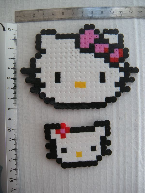 Perle a repasser modele tete hello kitty - Modele hello kitty ...