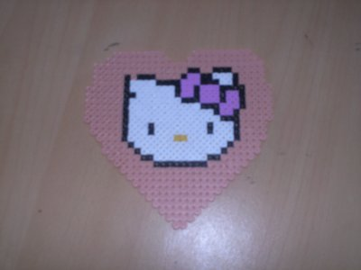 Perle a repasser modele tete hello kitty - Tete hello kitty ...