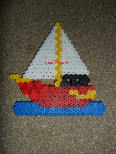 perle hama bateau