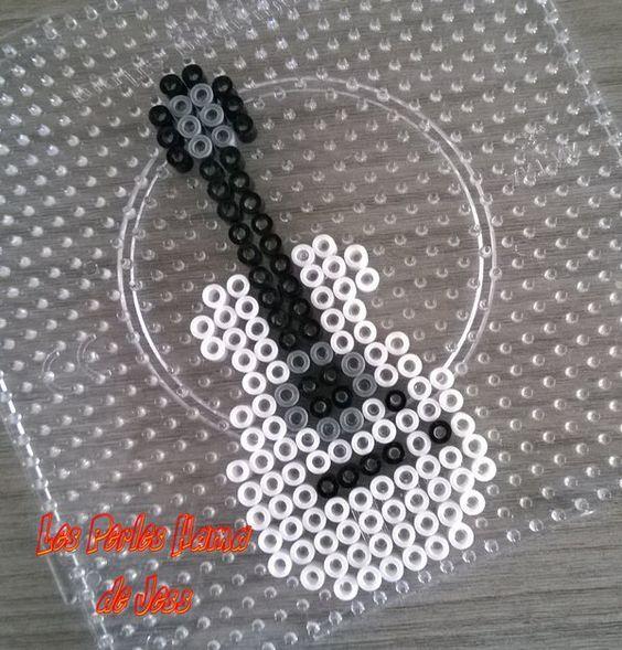 perle hama guitare