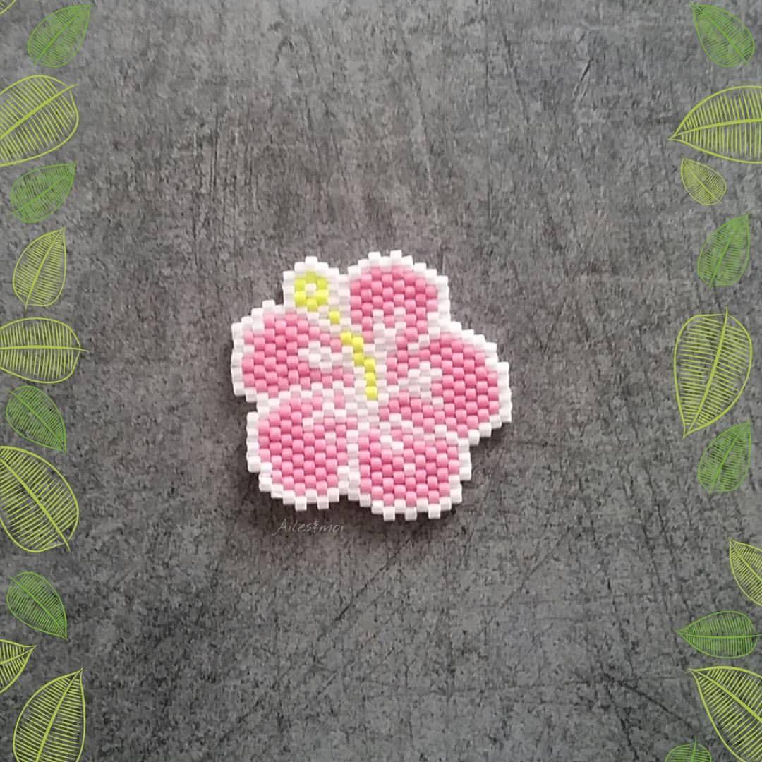 perle hama hibiscus