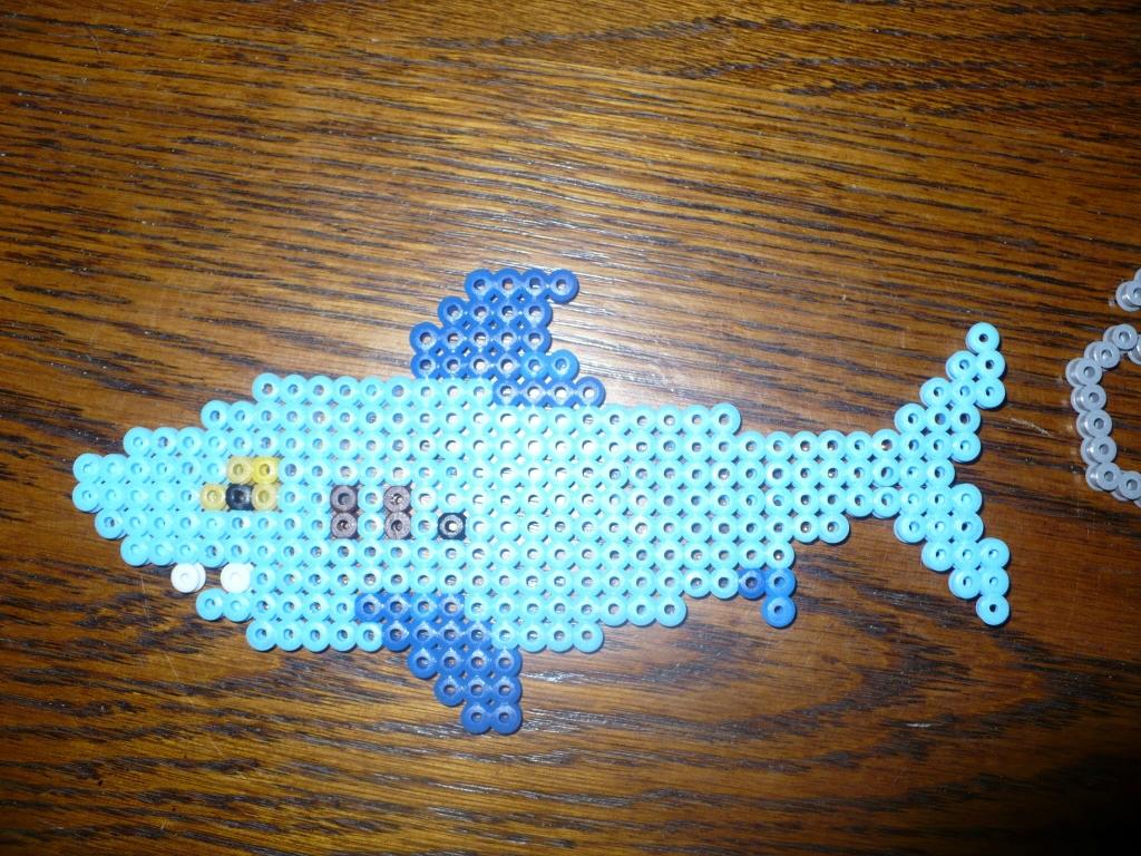perle hama requin