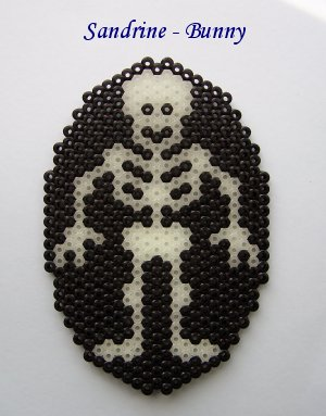 modele perle a repasser squelette