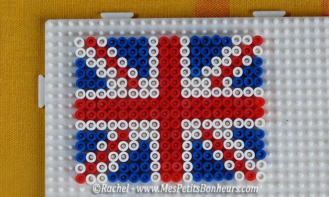 perle hama drapeau