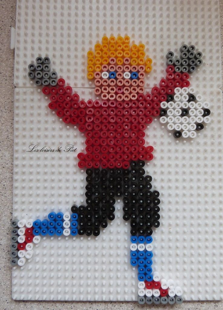 perle hama footballeur